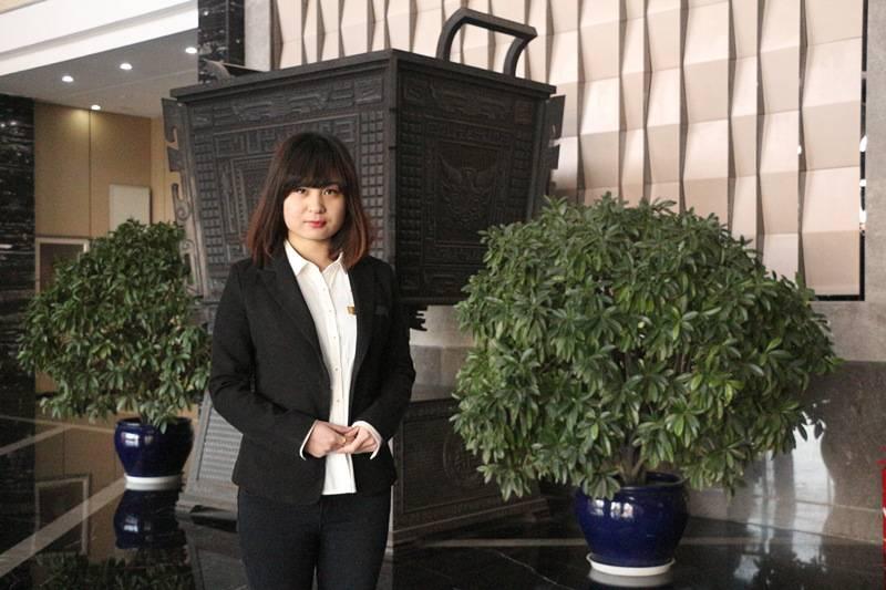 30周年校庆:杰出校友李静,传承榜样的力量