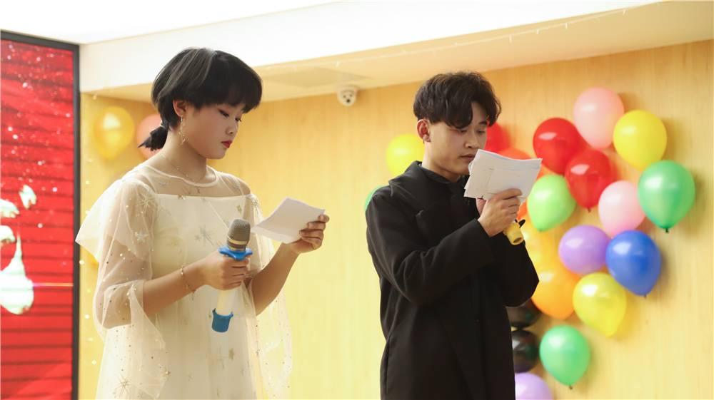 特色迎新春 学子展风采——山西新华举行2020年元旦晚会